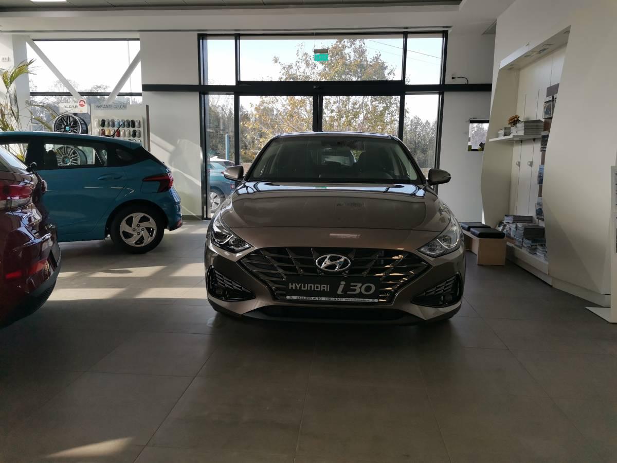 NEWI30GLS003 - NEW i30 1.5T 160CP M-Hybrid 48V 7DCT 5DR Highway : Hyundai i30